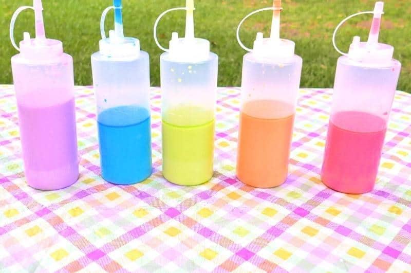 DIY sidewalk chalk paint in bottles