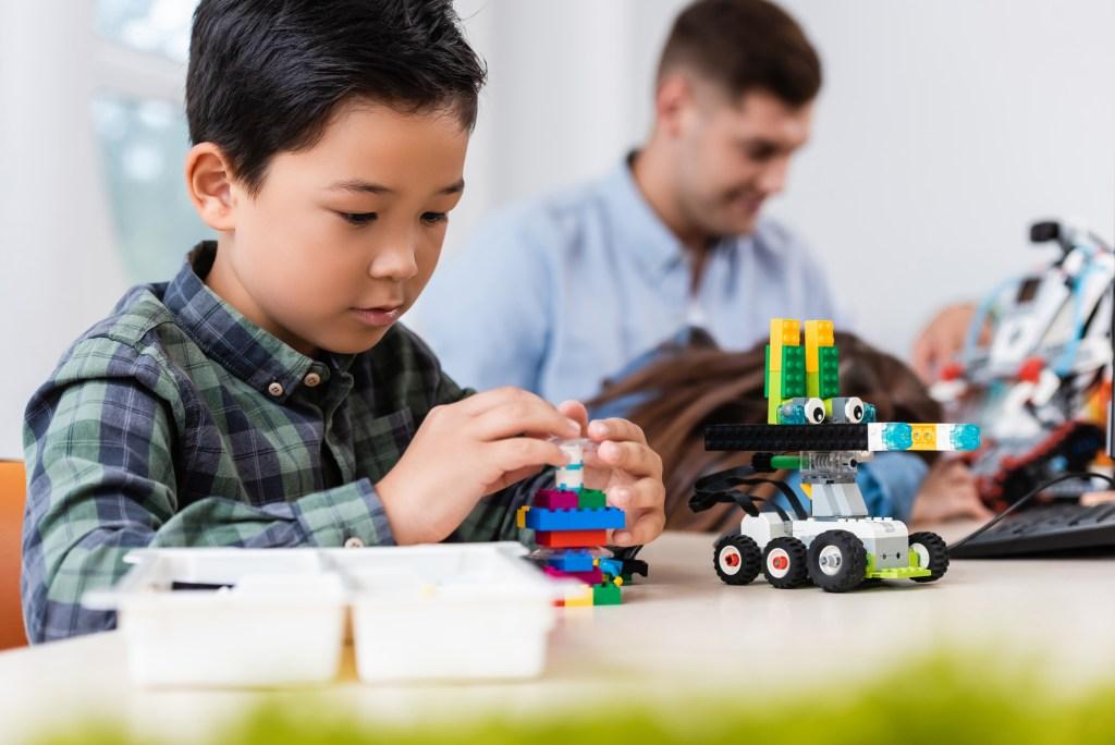 boy building  a car