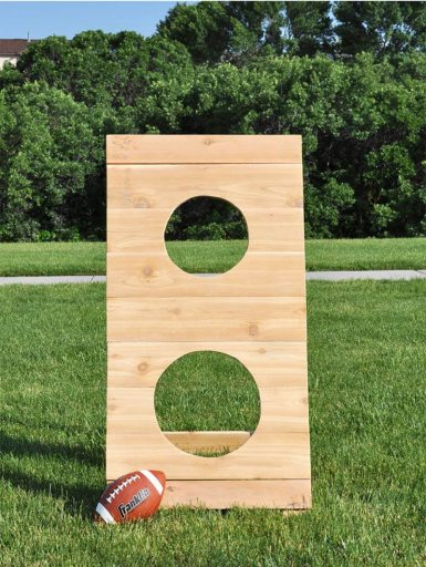 football toss family lawn game