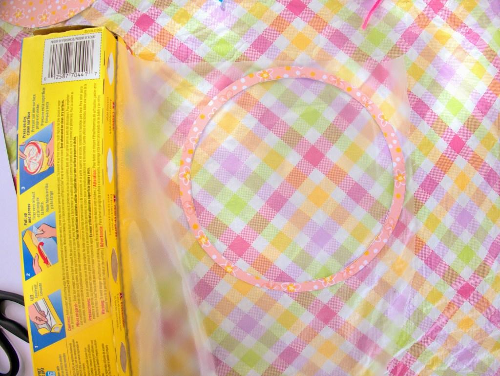 paper circle pressed into Press 'N Seal