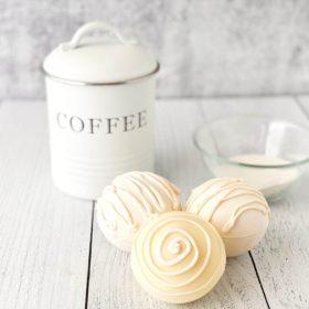 white chocolate mocha cofee bombs