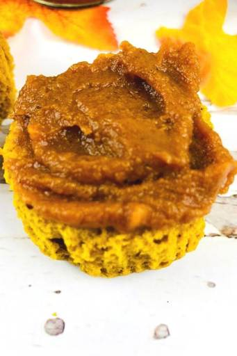 slow cooker pumpkin spread on a muffin