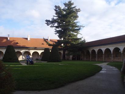 castelo_patio.jpg
