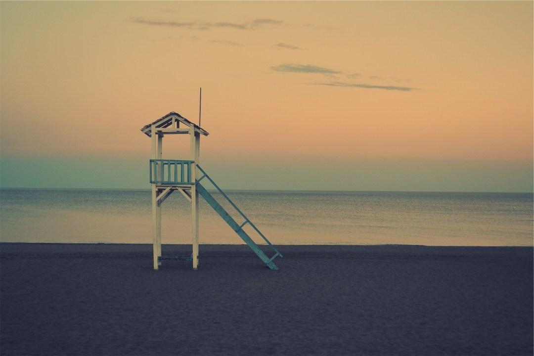 beach-677785_1920