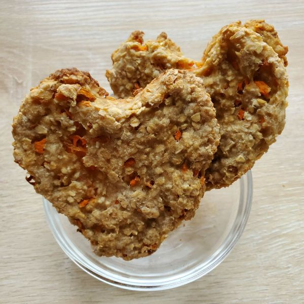 Carrot & Oat Dog Biscuits