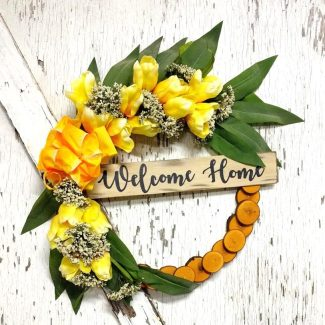 Welcome Home Yellow Tulips Wreath 19 inch Maple Slice