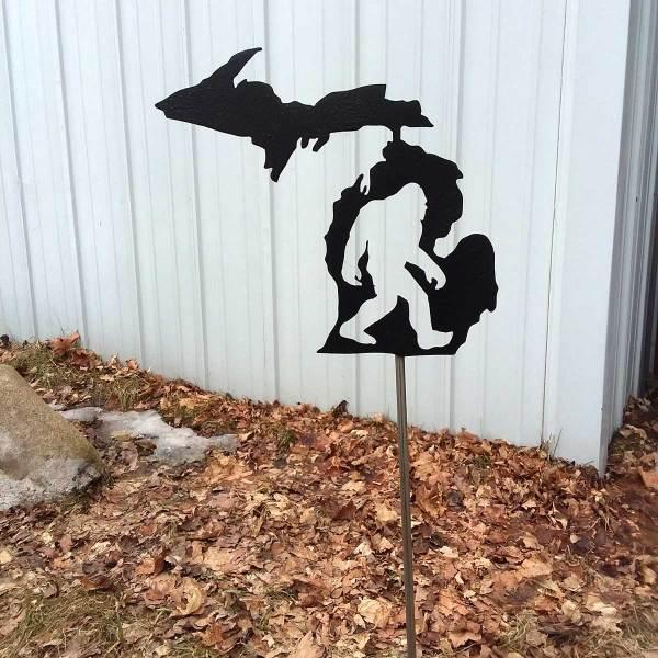 Michigan Bigfoot Yard Stake