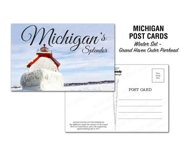 Grand Haven Outer Pierhead Postcard