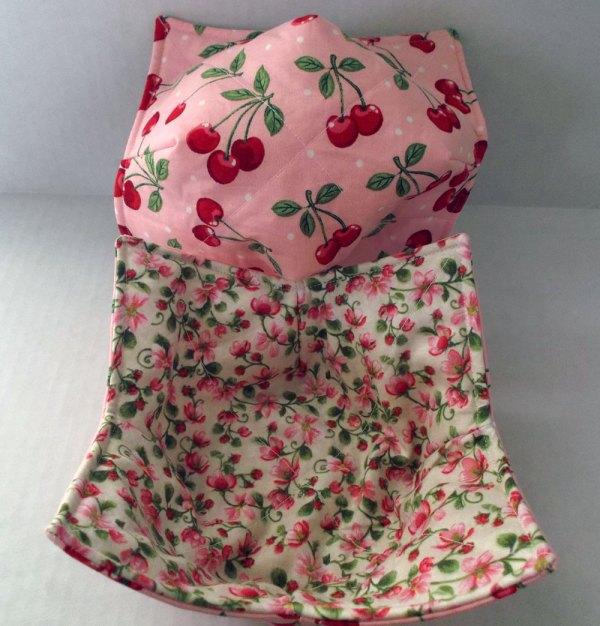 Reversible Cherry Blossoms Microwave Bowl Cozy