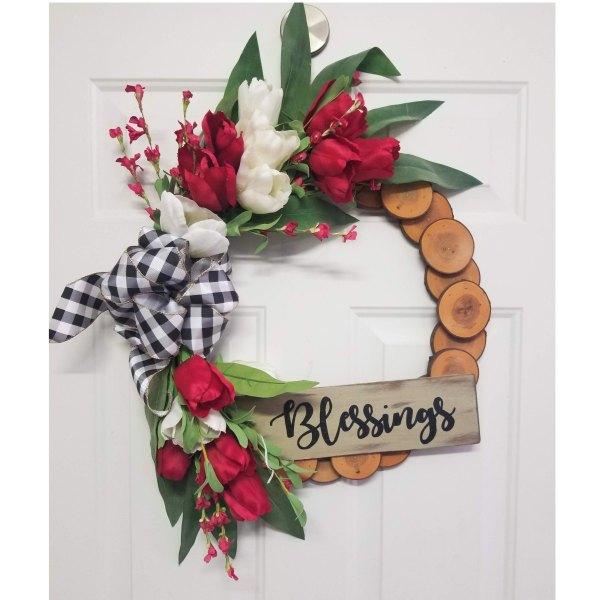 "Red White Tulip Wreath 19"" Maple Slice Wreath"