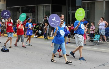 Muscatine Blue Zones Project in the Muscatine 4th of July parade