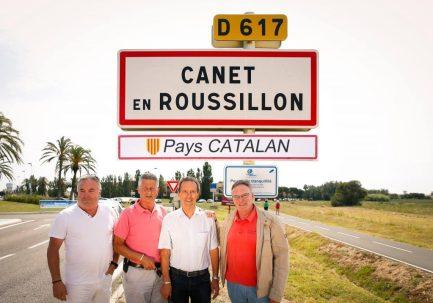 """Canet en Roussillon ajoute son panneau """"Pays Catalan"""" @Bernard Dupont"""
