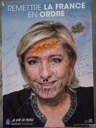 Presidentielle 2017 - Affiches degradées-4130854