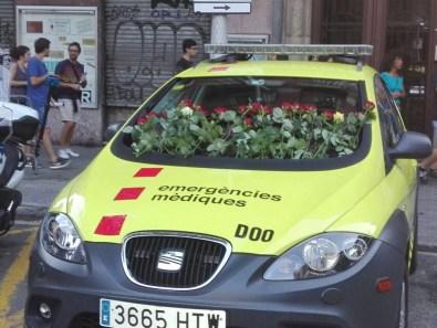 Hommage rendu aux services d'urgences médicales
