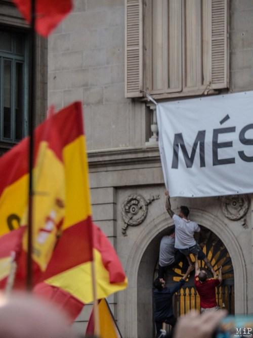 Barcelone - Manifestation des pro Espagne contre le référendum catalan-9300135
