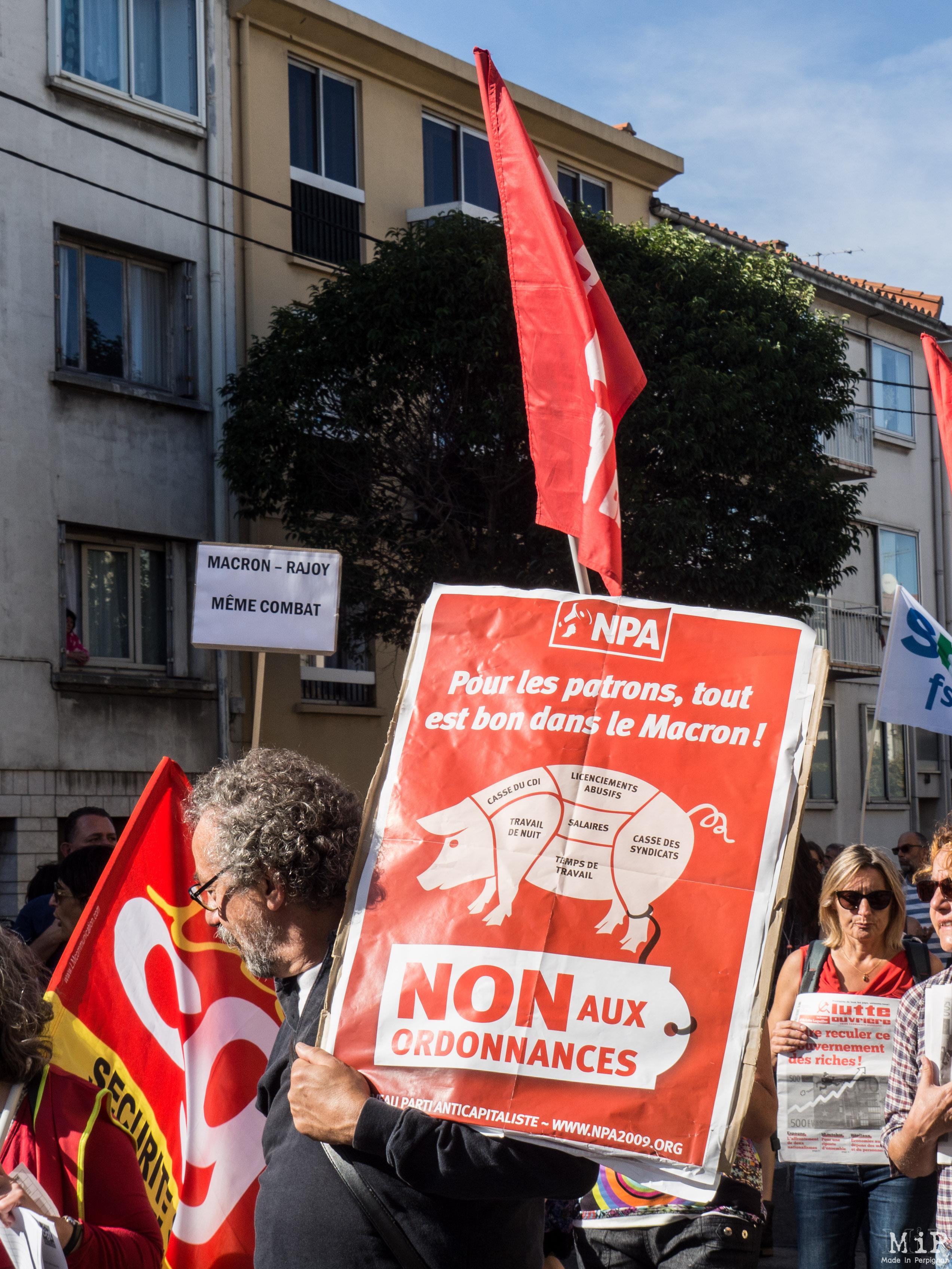 Perpignan - Manifestation pour défendre la fonction publique -100019