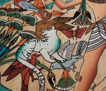 L'iconographie égyptienne fait figurer le chat dans des scènes de chasse dès le deuxième millénaire avant notre ère