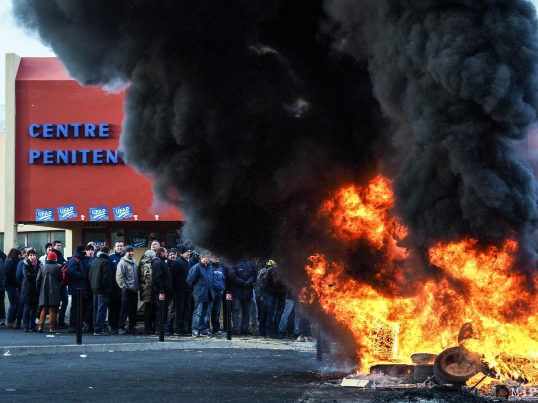 Prison de Perpignan - Blocage - Janvier 2018 grève manifestation