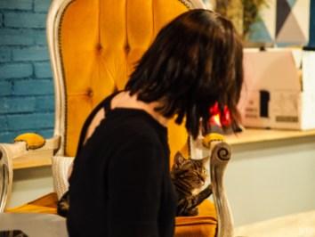 Marina en pleine session de ronronthérapie