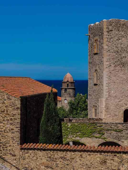 Vue de l'église de Collioure depuis le château