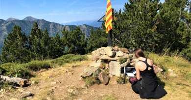 """KikiMagTravel côtoie les étoiles – Randonnée du Pic des """"Tres Estelles"""""""