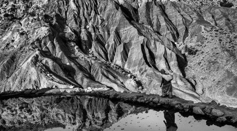 Ferhat Bouda nouvel artiste résident du CIP – Le monde en noir et blanc