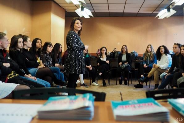 Perrine Safont explique son métier et le principe des réseaux sociaux