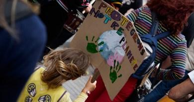 Marche perpignanaise de l'urgence climatique – Presser le pas à la veille des élections européennes