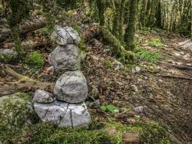 cairn-mystique-randonnée-pech-de-bugarach