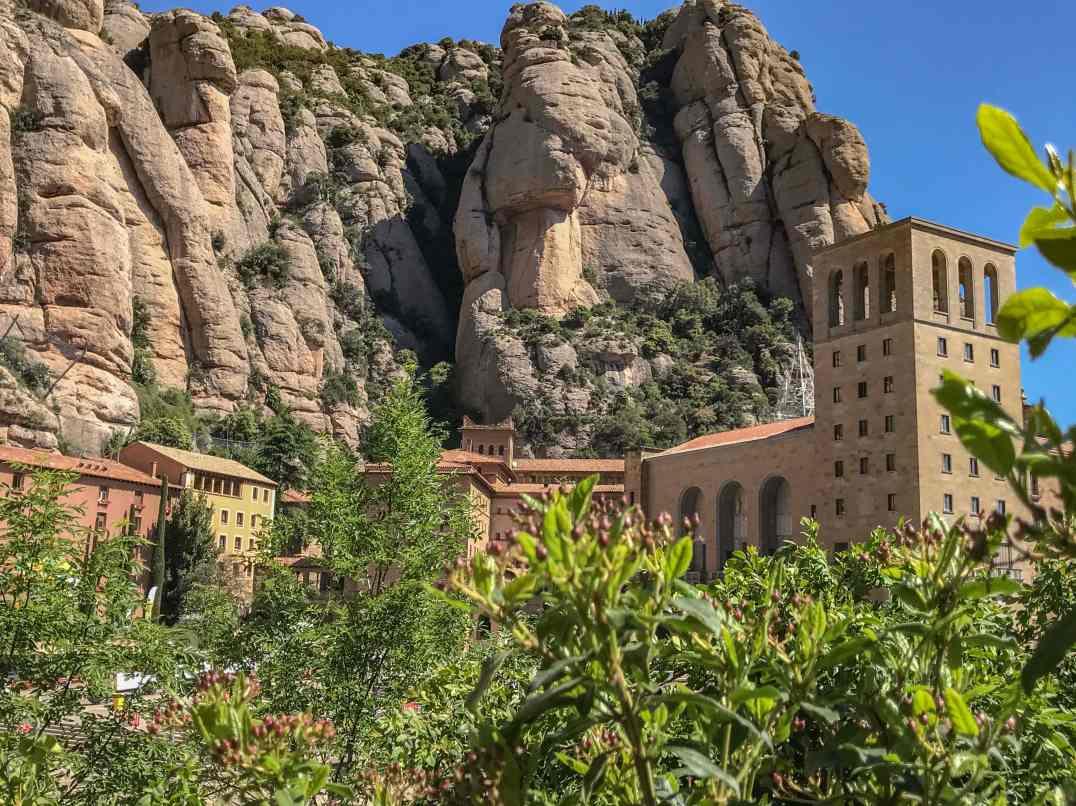 monastere-de-montserrat-barcelone-insolite
