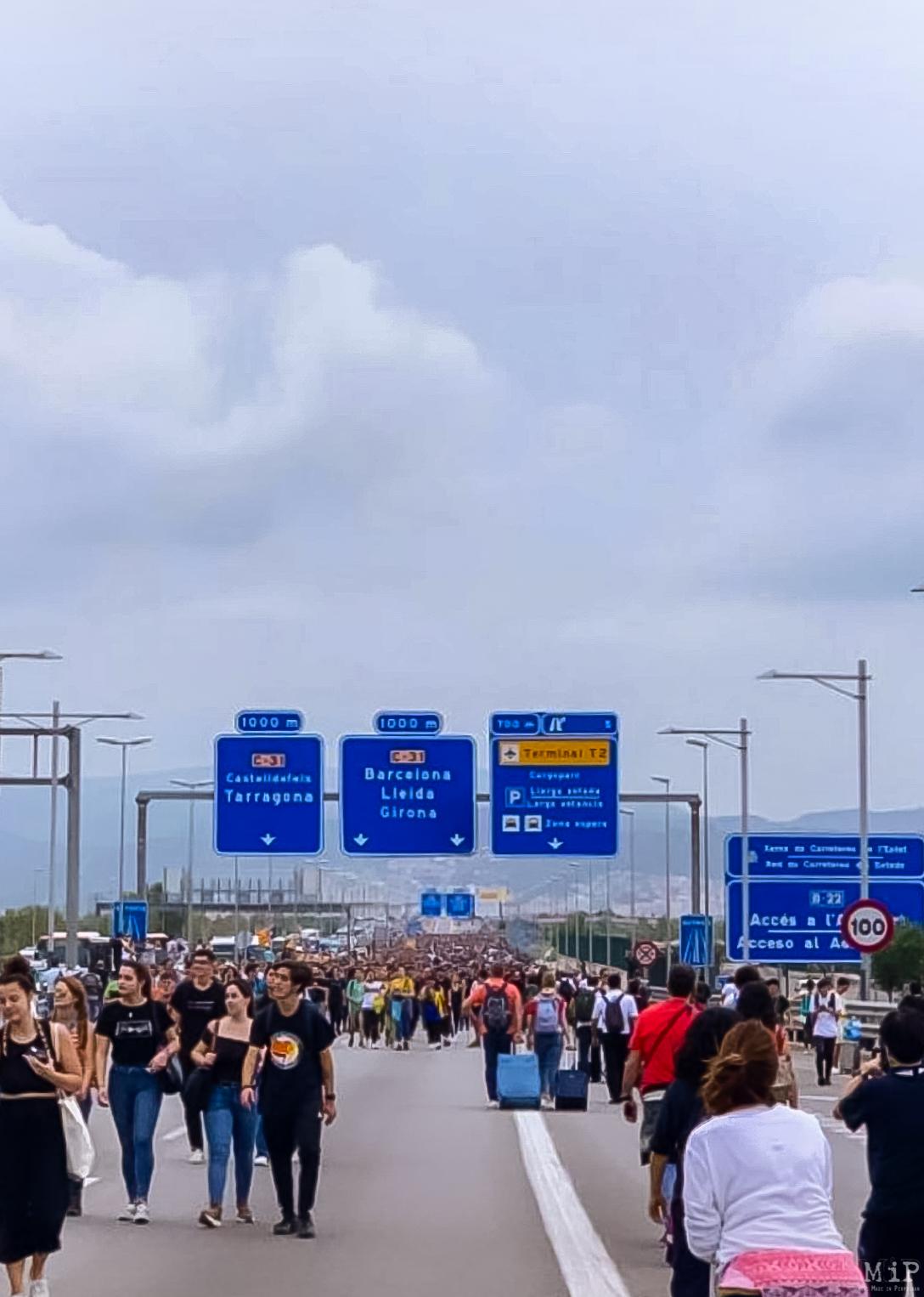 Verdict procès indépendantistes catalans Barcelone aéroport El Prat