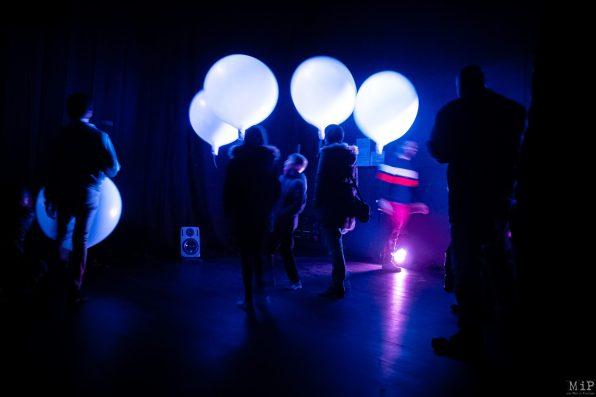 Théâtre de l'Archipel Perpignan Vues Aujourd'hui Musique Florent Colautti artiste numérique, musicien et compositeur encoproduction avec Fées d'hiver - Folie Numérique