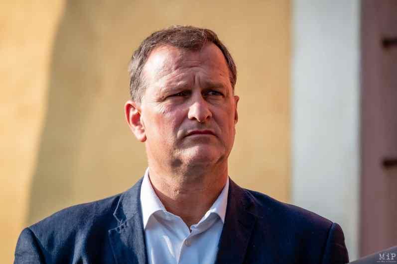 Louis Aliot élections municipales 2020 sondage