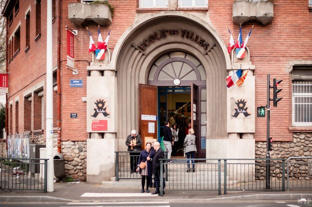 Elections municipales 1er tour Perpignan - Bureaux de vote place Cassanyes
