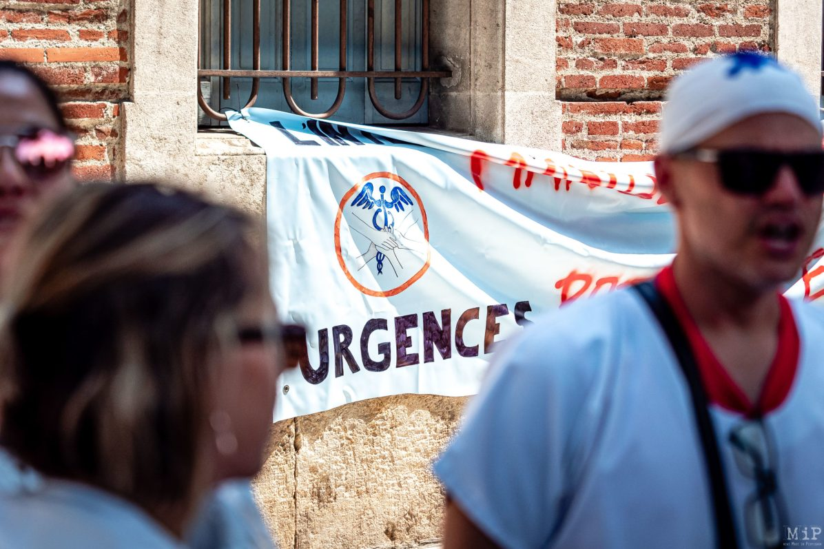 02/07/2019, Perpignan, France, Rassemblement blanc soignants Urgences CHU © Arnaud Le Vu / MiP / APM