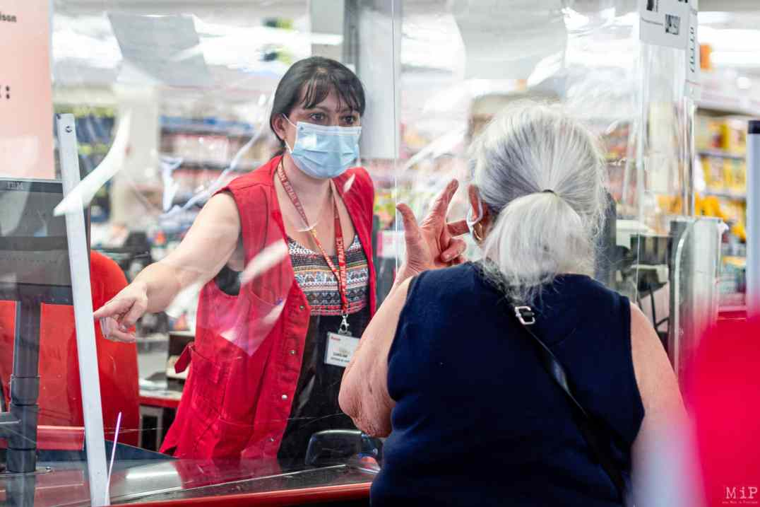 26/05/2020, Perpignan, France, illustrations Auchan GMS grande distribution, mesures barriere et distanciation physique, protection du personnel © Arnaud Le Vu / MiP / APM