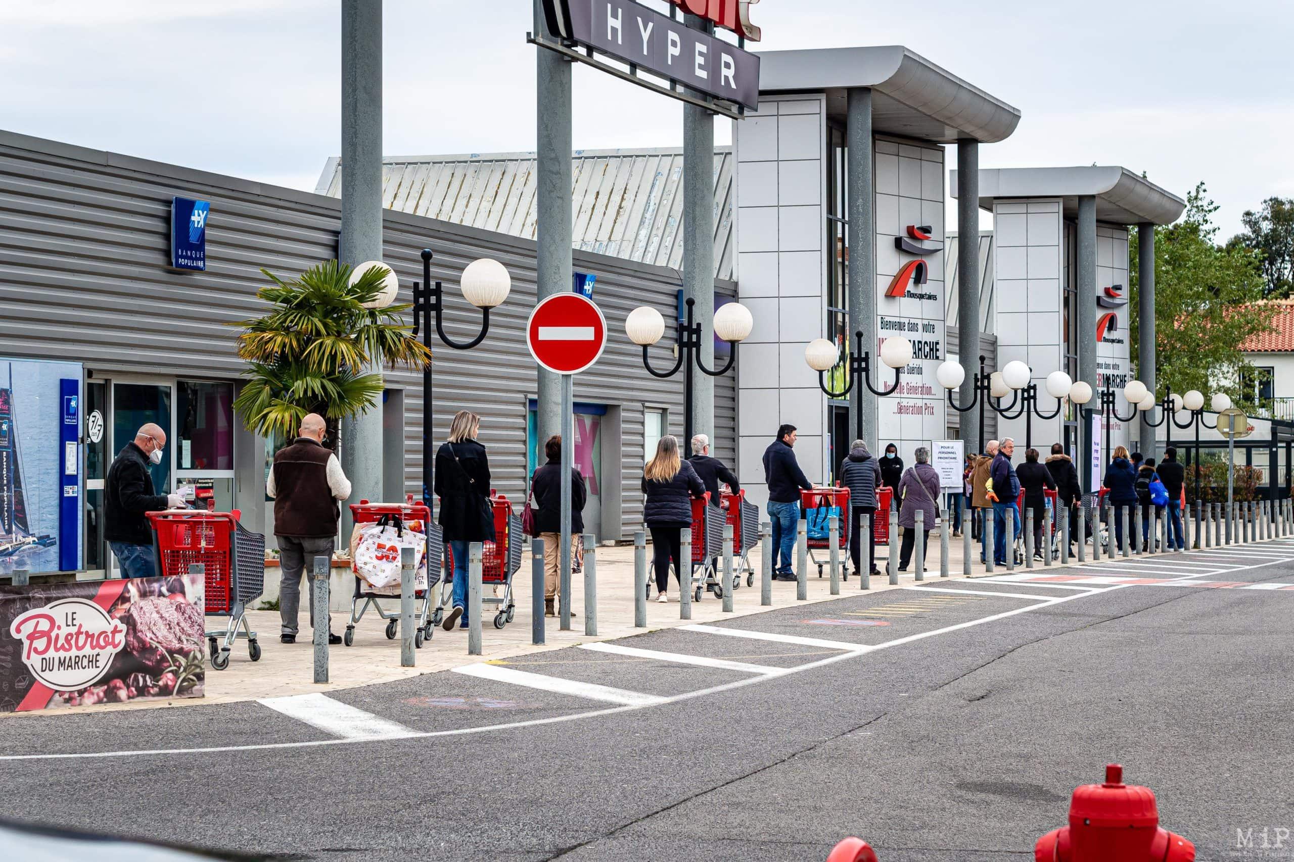 Illustrations Coronavirus Covid-19 vie quotidienne commerces Perpignan © Arnaud Le Vu / MiP