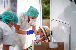17-08-2020, Paulille, France, Covid-19, Coronavirus, Test itinerant littoral pcr par equipe medicale hopital de perpignan © Arnaud Le Vu / MiP