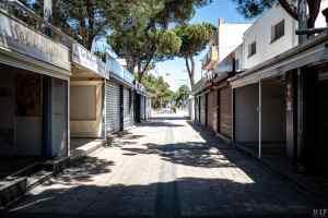 07/05/2020, Argelès-sur-Mer, France, Commerces en attente de déconfinement © Arnaud Le Vu / MiP