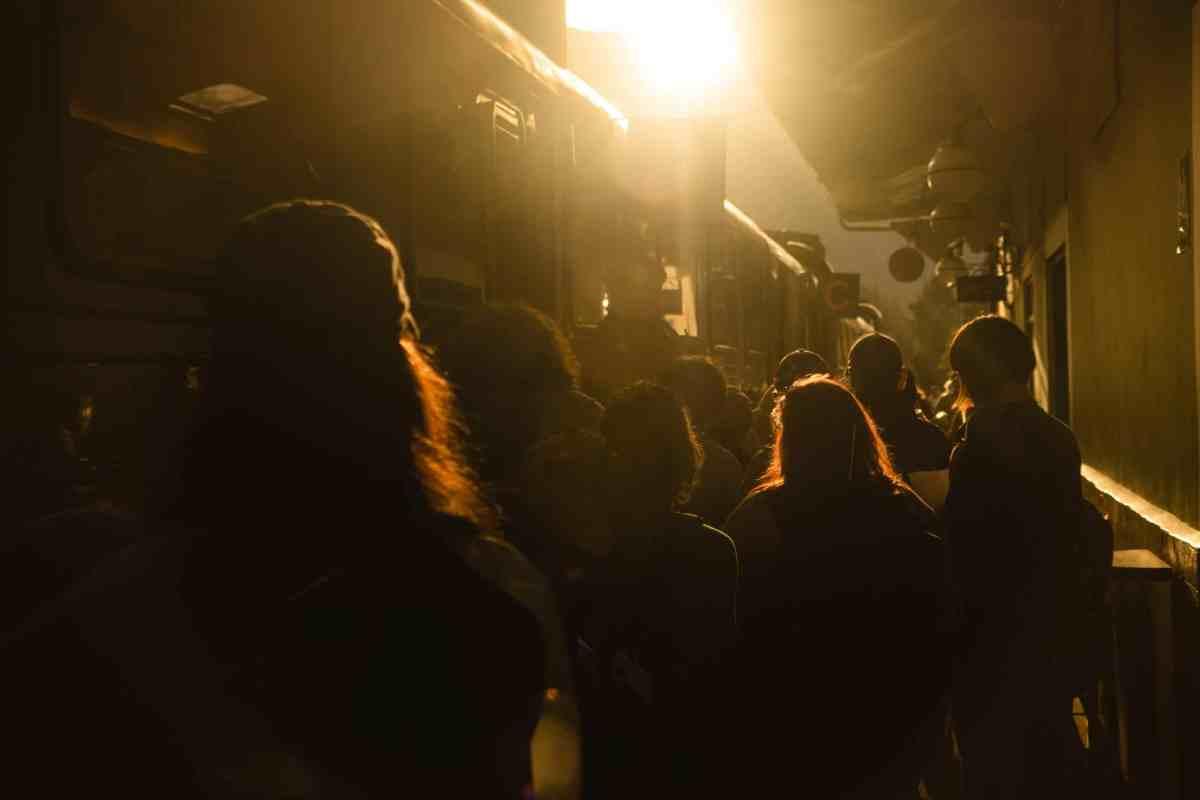 """""""Ici comme ailleurs"""" met en lumière des initiatives du monde entier ; focus sur la culture et la salle de concert20 Front Streetà Détroit."""