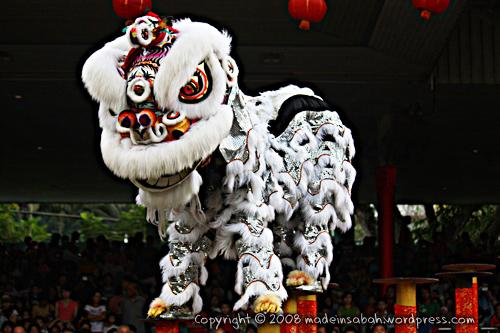 dragonunicornlion-dancefestival2009_1565