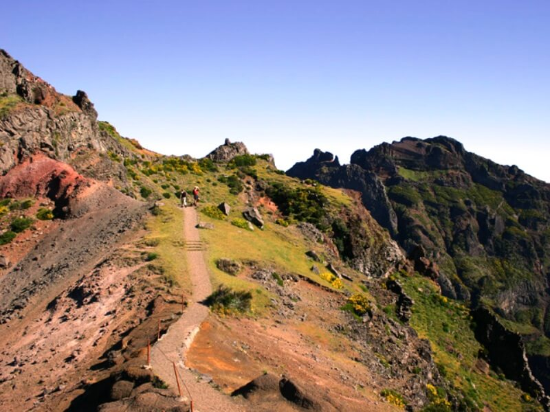 Pico do Areeiro to Pico Ruivo Walk (1)