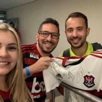 Camisa do Flamengo autografada será leiloada neste domingo em Ouro Preto