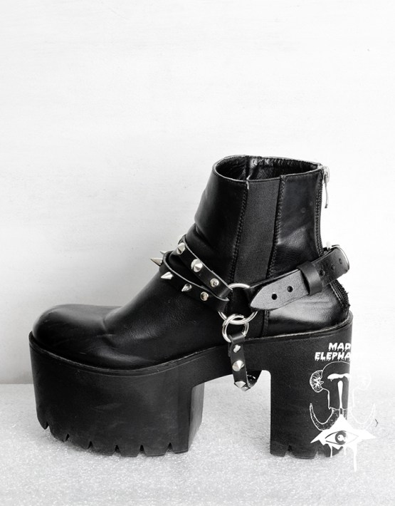 spiked boot straps