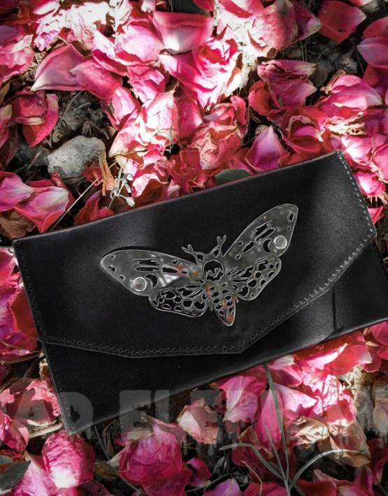 wallet in roses