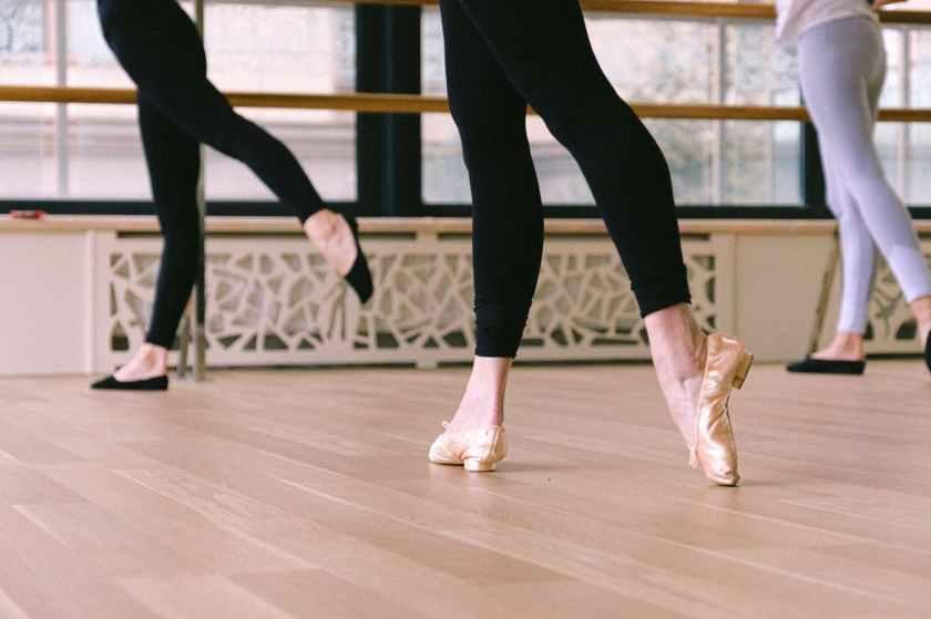 woman wearing ballet shoes