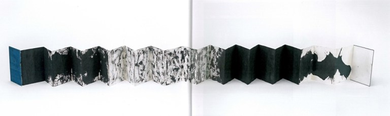 Yoko-Part Painting / Painting until it becomes marble, 1961 Tinte auf Papier, Gefaltet 6,25 x 5 cm, entfaltet ca. 6,25 x 120 cm