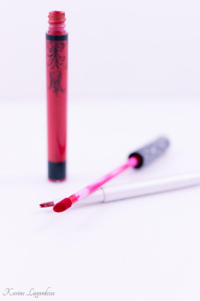 liquide-lipstick-kate-von-d-made-me-happy-blog-bordeaux-2