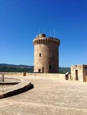 Tour du château