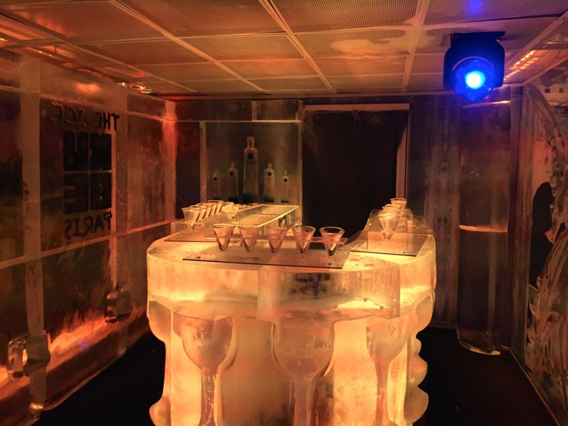 Ice Kube Bar Paris 2